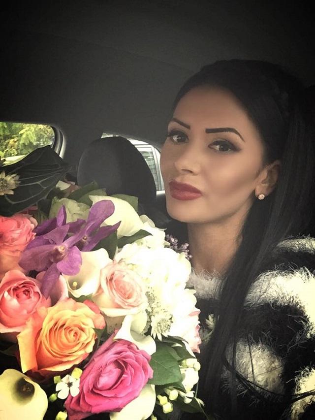 Raluca Dumitru in lenjerie intima in videoclipul Festarul ...   Raluca Dumitru