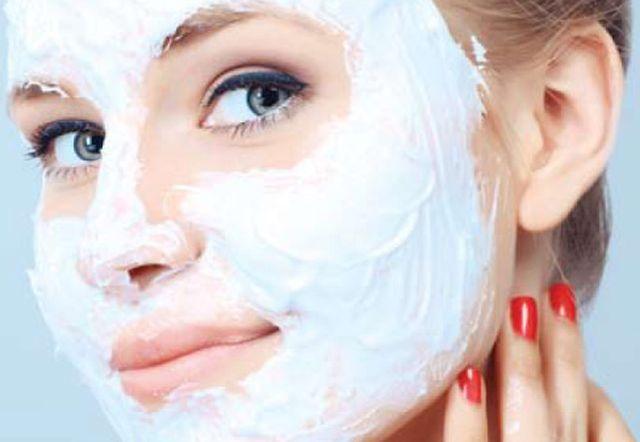 Crema pentru cresterea parului facial