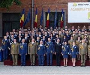 EXCLUSIV / Lecţii perverse cu un spion la Armatei! Comportament scandalos al unui ofiţer al Ministerului Apărării
