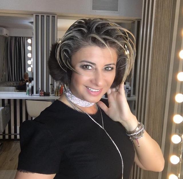 Cum arată Anamaria Prodan în costum de baie, după ce a ...   Anamaria Prodan