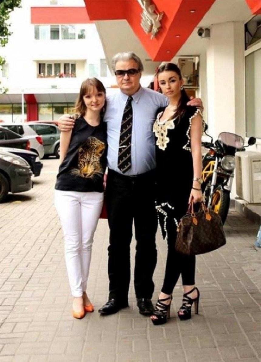FOTO / Fiicele lui Vadim Tudor au făcut parastasul de doi