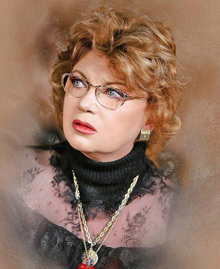 Cezara Dafinescu, 68 | Ziarul Metropolis  |Cezara Dafinescu