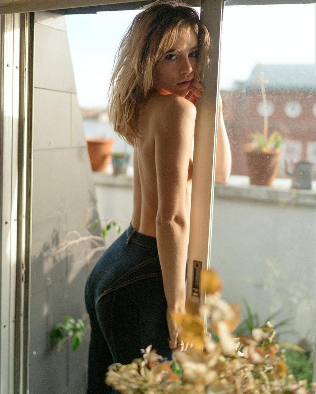 Suki Waterhouse Pussy