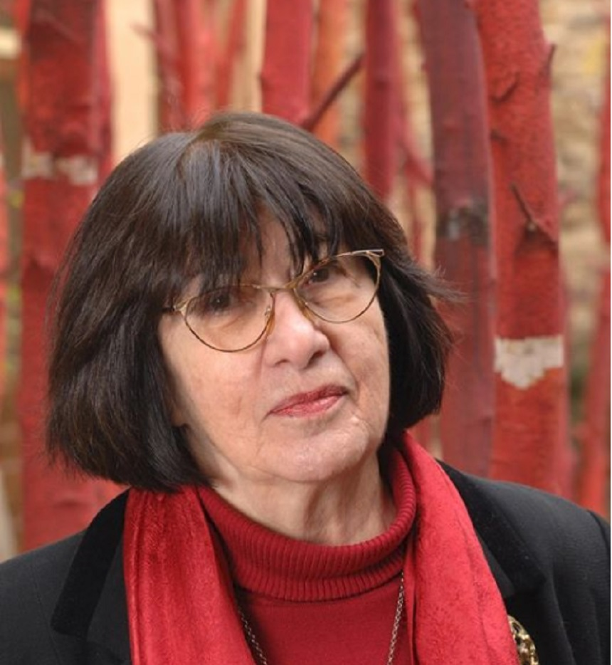 Imagini pentru Margareta Niculescu, artist păpuşar,
