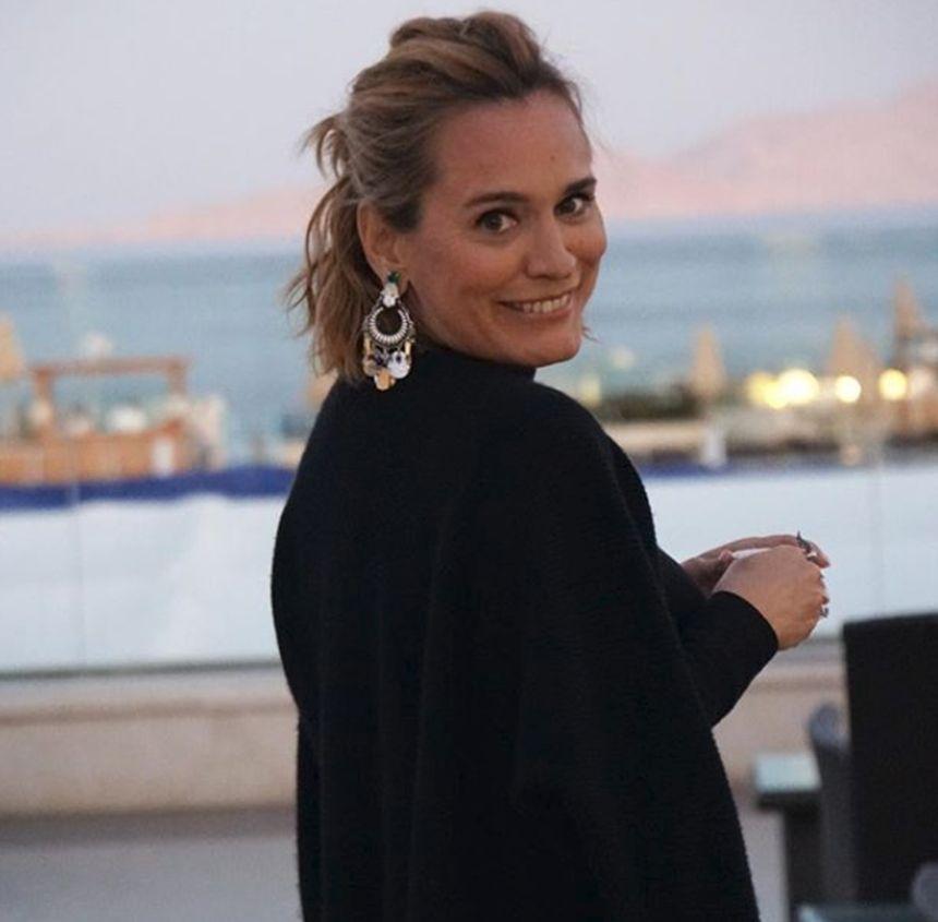 Andreea Esca - Wikipedia  |Andreea Esca